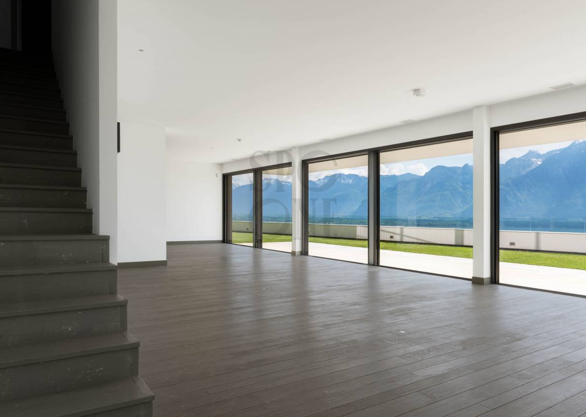 Magnificent duplex with view