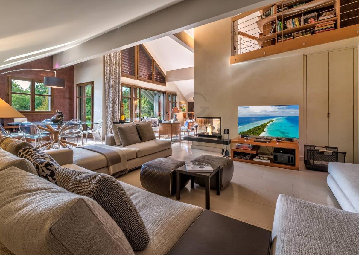 Sublim apartment with garden